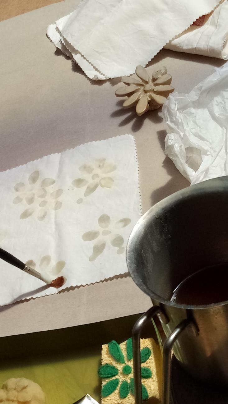 Michaela Höhle – Das Bienenwachstuch, Wachsdesign auf Bienenwachstuch – kreativ handgefertigt All-focus